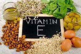 [ Vitamin E ] : Tác dụng , liều dùng , rủi ro và cách sử dụng !