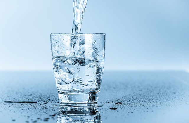 Nước giúp làm tan sỏi thận