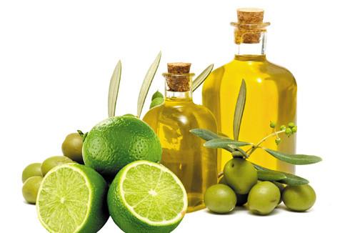 Chanh tươi và dầu oliu giúp loại bỏ sạn trong thận ra ngoài
