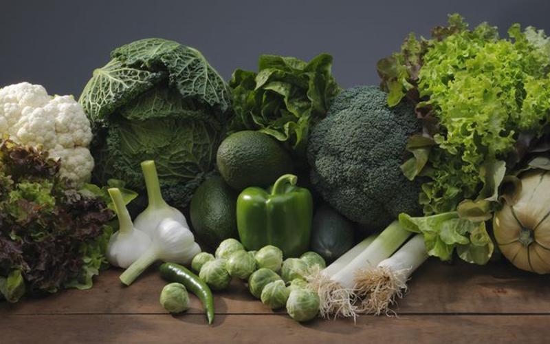Ngứa toàn thân nên bổ sung nhiều rau xanh