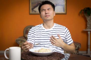 Trào ngược thức ăn: Các biện pháp khắc phục hiệu quả