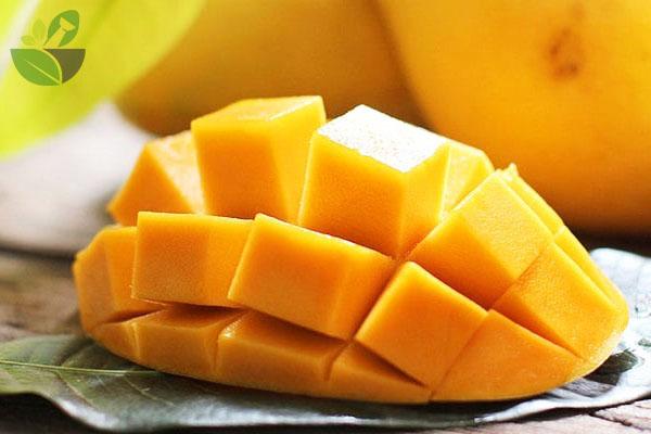 DInh dưỡng trong quả xoài
