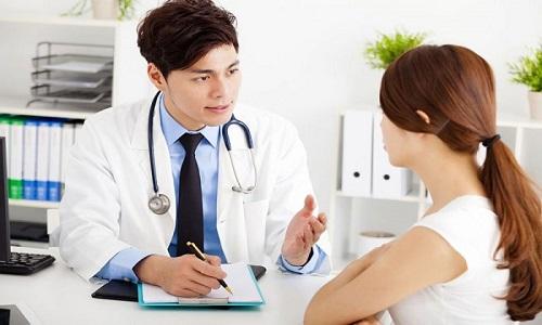 Nổi mề đay mẩn ngứa ở lưng, bụng và những vấn đề cần xử lý