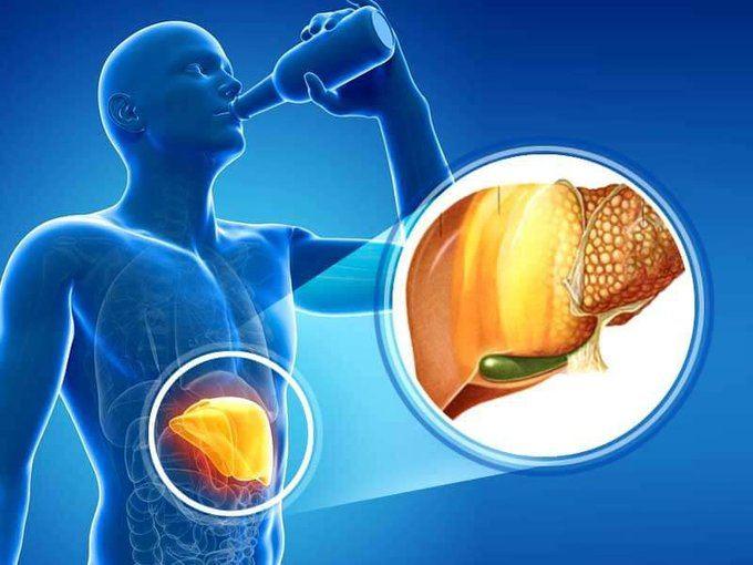 Nghiêm-cấm-uống-rượu-bia-trong-quá-trình-điều-trị-gan-nhiễm-mỡ