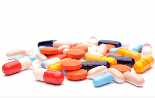Sử-dụng-thuốc-Tây-điều-trị-bệnh-đau-dạ-dày