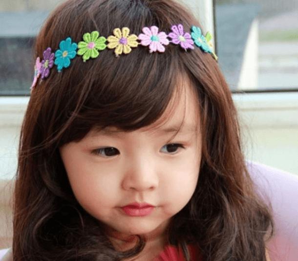 Rụng-tóc-ở-trẻ-em-cũng-do-nhiều-nguyên-nhân-khác-nhau