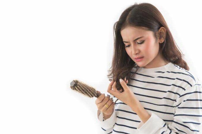 Biết-nguyên-nhân-gây-rụng-tóc-là-cách-thức-tốt-nhất-để-phòng-tránh-căn-bệnh-này